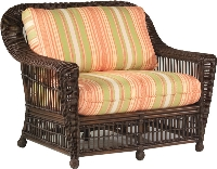 Picture of Whitecraft Lake Lure S212013, Protected Outdoor Wicker /Cushion Bariatric Chair